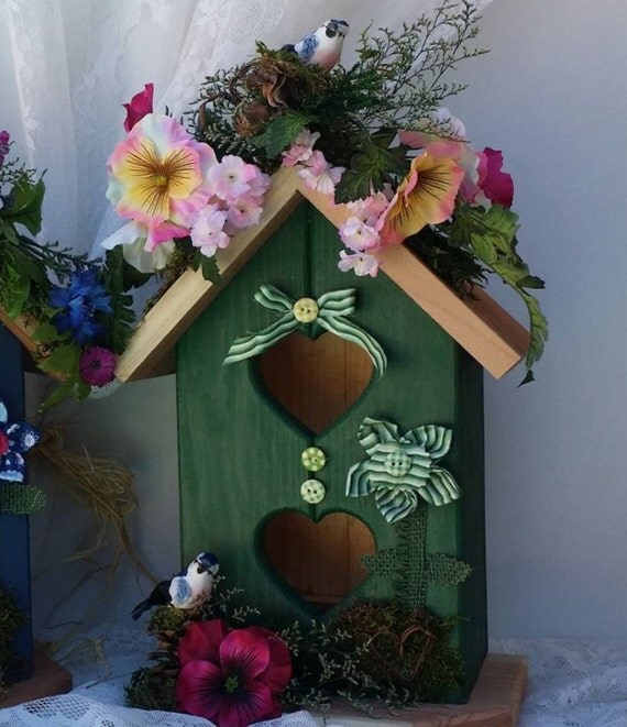 Green Home Decor, Decorative Birdhouse, Beautiful Green Birdhouse, Wooden Birdhouse, Housewarming Gift, Gift for Her, Handcrafted Gifts