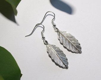 Leaf earrings Silver earrings Delicate jewelry Gift for her Dangle earrings Gift for daughter Leaves earrings Nature inspired earrings