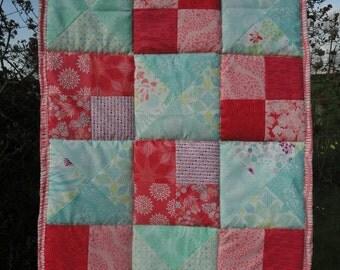 Quilkted play rug for babies/Krabbeldecke/boxkleed