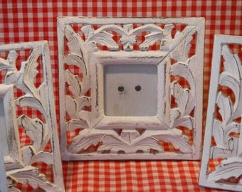 Shabby Chic Picture Frames / Set of 5