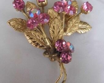 1950s floral brooch