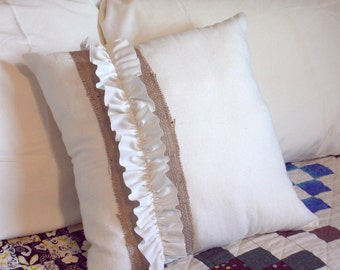 Throw Pillow Cover - Off White Pillow - Burlap Decoration - Trendy Decoration Pillows - Ruffly Pillow - Neutral Pillow - Cottage Chic Pillow