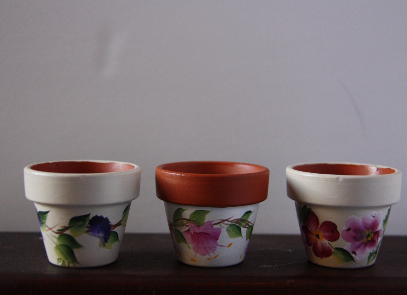 mini flower pots mini pots hand painted flower pots flower. Black Bedroom Furniture Sets. Home Design Ideas