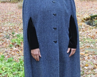 Thomas Wolfangel Irish Haute-Couture Blue Calf-Length Cape w/Hood