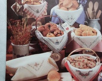 Bread Cloths - 9 Designs - Leisure Arts Leaflet 389