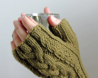 Warm Gloves Gift, Outlander Gloves, Medieval Gloves, Fall Gloves Gift, Fingerless Mitts, Gloves Hand Knit, Wool Gloves, Wool Mittens