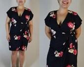 SALE 50% off dawn joy vintage 90s rayon wrap dress size large black and pink