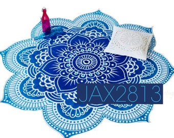 Flower shaped tapestry with tassels!