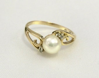 Vintage Pearl Ring, Vintage Size 8 Gold and Pearl Ring