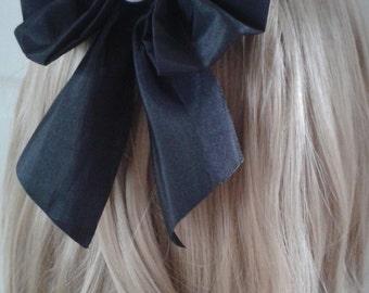 Pastel Goth Eyeball Bow Hair Clip. Gothic. Lolita. Creepy Cute. Dark Kawaii. Cosplay. 2 Sizes. Choose Size.