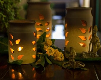 Ceramic Tea-light Candle Holder Set - Leaf Cut Terracotta finish with Free Candles