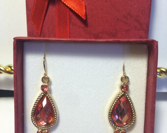 Teardrop Gold and Pink Earrings