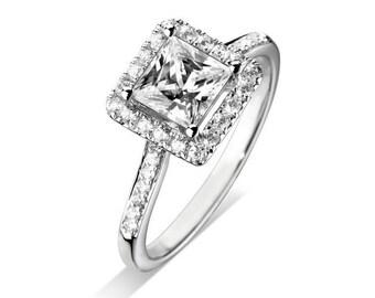 Princess Halo Diamond Engagement Ring, 18 Carat White gold, GIA Certified
