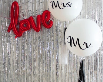 Red Love Party Balloon - FREE POSTAGE - 80cm Script Balloon decoration banner.