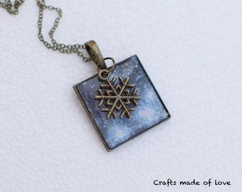 Blue winter sky pendant
