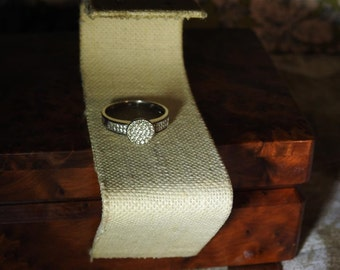 stunning vintage sterling silver and  1 caret tw diamond ring size 9