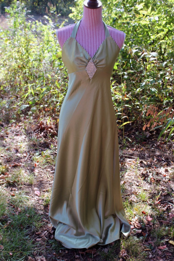 WOW! Hollywood Glamour,Size 11/12, Halter Style Gown and White Fur, Marilyn Monroe, Retro Hollywood, Movie Star, Prom Dress, Party Dress