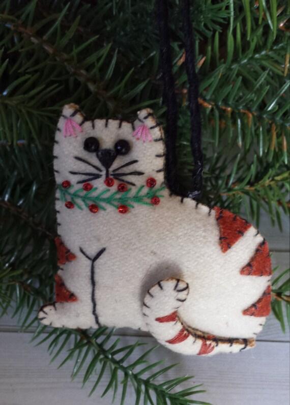 Cat christmas ornament cat lover gift felt folk art cat for Cat christmas ornaments craft