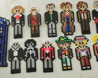 Doctor Who perler bead - All the Doctors and their Tardis