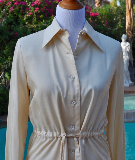 Vintage 1970s New Threads Trissi Silk Cream Colored Blouse and Skirt Suit
