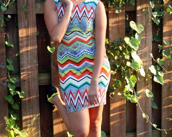 MADE TO ORDER Stretch Colorful Zig Zag Fitted Dress with Keyhole Back