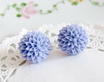 purple flower earrings soft purple post earrings mum cabochons sweet simple jewelry lilac earrings cottage chic