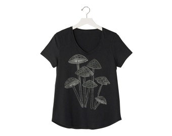 Mushroom Print, 100% Cotton Tee, Made in USA, Outdoorsy gift, Screen Print T-shirt