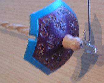 Viking Santa Drop Spindle ( EDS 0858 ) Leather whorle