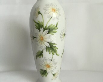 Vintage White Porcelain Vase with Painted Daisies - Lefton Japan - Lovely