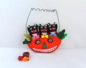 Felt Halloween Ornaments Cats in Orange Jack-O-Lantern, Handmade Felt Hanging Decorations