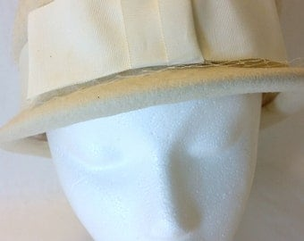 Vintage Neco Wool Bowler Style Cream Color Hat