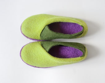 2016 collection Envelope Slippers - Womens slippers -  Lichen green Olive Purple  Natural wool felt handmade slippers