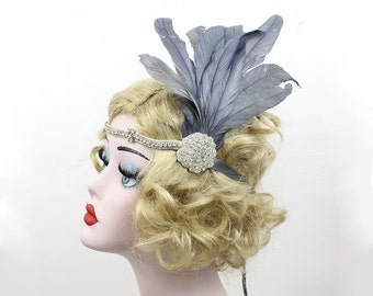 Gray Feather Headpiece, Great Gatsby Headband, Silver Feather Fascinator, 1920s Flapper Hair Accessory, Perfect for Prom, Weddings, Costumes