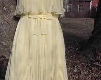 60s Chiffon Accodion Pleat Cocktail Party Dress S Miss Elliette Lemon Yellow Vintage 1960s