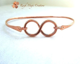 Copper Bangle Infinity Bracelet Hammered Metal. His & Hers Unisex Gift for Man or Woman. Girlfriend Boyfriend Promise Jewelry. Closed Cuff.