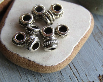 Antiqued silver rondelle beads, bali style design, metal casting barrel, silver plated antiqued  / pewter tone 3 x 5mm ( 20 beads) 6As1467