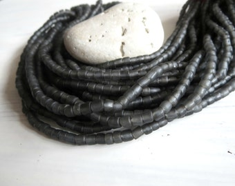 dark grey seed beads, grey glass beads , matte translucent spacer tube barrel  New  Indo-pacific 4 to 6mm  /  22 inches strand  -  5A4-2