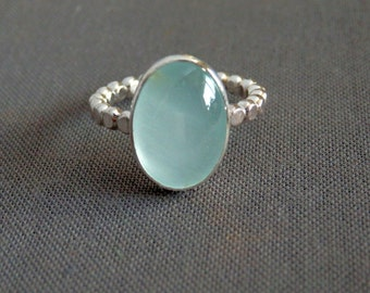 Aquamarine and sterling ring / flattened circle ring / March birthstone / circle aquamarine ring / blue gemstone ring / aquamarine jewelry