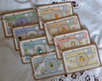 Camera gift tags, shabby chic, inspirational, vintage style, floral, life is art, life is beautiful, everything is possible - set of 8