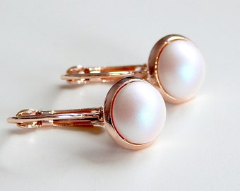 Rose gold earrings with white pearls - June birthstone - bridesmaid earrings - bridal earrings