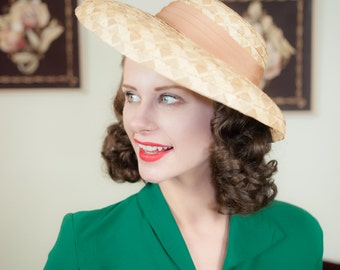 Vintage 1940s Hat - Rare 40s Panama Style Summer Hat of Genuine Cocoanut with Wide Front Brim