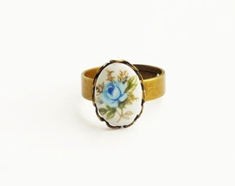Blue Rose Ring Small Rose Cameo Ring Vintage Glass Floral Cameo Ring Blue Flower Ring Adjustable Ring Victorian Rose Jewelry