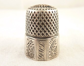 "Size 9 Antique Aesthetic Sterling Thimble Engraved ""G.W.L"""