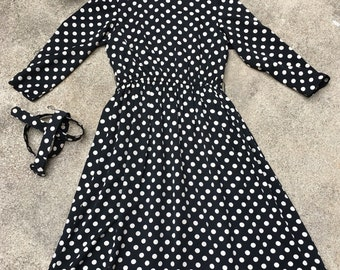 1970s Vintage Black and White Polkadot Dress - Day Dress - Classic Traditional - Polka Dot Dress - Poldakot - Fun Cute Pop Timeless 36 Bust
