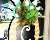 Pineapple Door Hanger - Bronwyn Hanahan Art