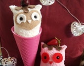 IceCream Owls vanilla bean or chocolate covered strawberry with cup