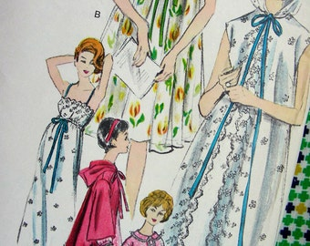 Vogue 5697 - 1960s Vintage Sewing Pattern - Factory Folded - GLAMOROUS Dressing Gown, Peignoir Robe, Negligee - Bust 32