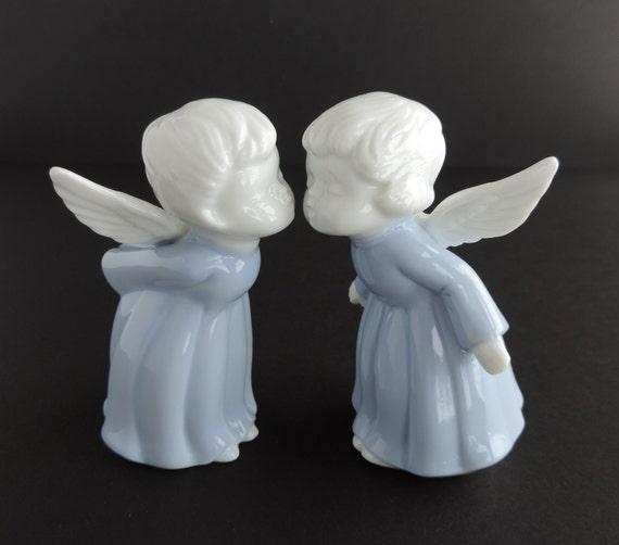 Vintage Lefton Kissing Angels Figurine Set 00402 1994 Blue