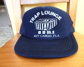 Trap Lounge Key Largo 1980s vintage mesh trucker hat shirt size medium