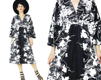 1970s Black Floral Dress Black and White Print Dress Angel Sleeve Dress Hippie Flutter Butterfly Sleeve Dress Midi Empire Waist Dress (M/L)